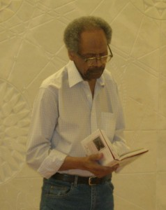 James Emanuel reading at the Cite Universitaire July 2008