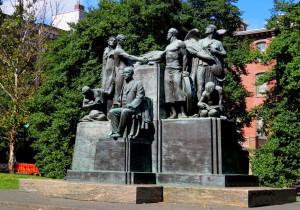 Gompers Statue, DV